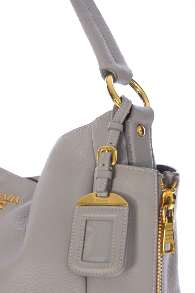 ae1999fdee2c 4 Authentic-Prada-Bags-Authentic-Stitching-682x1024